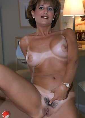 Amateur french girls having sex